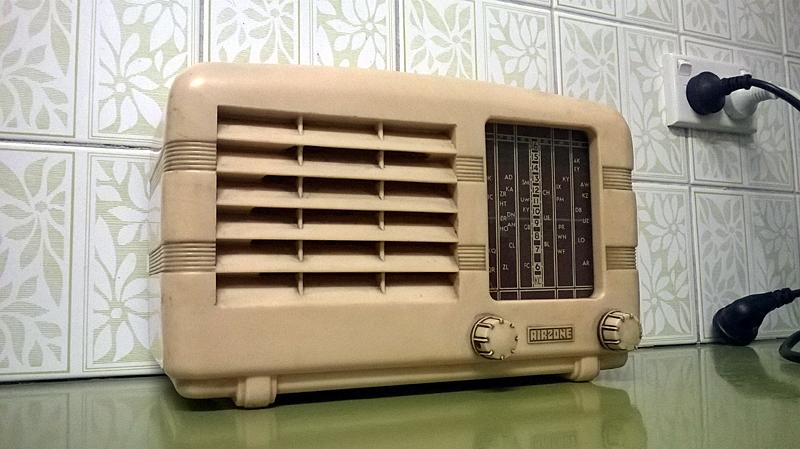 Vintage car radios australia