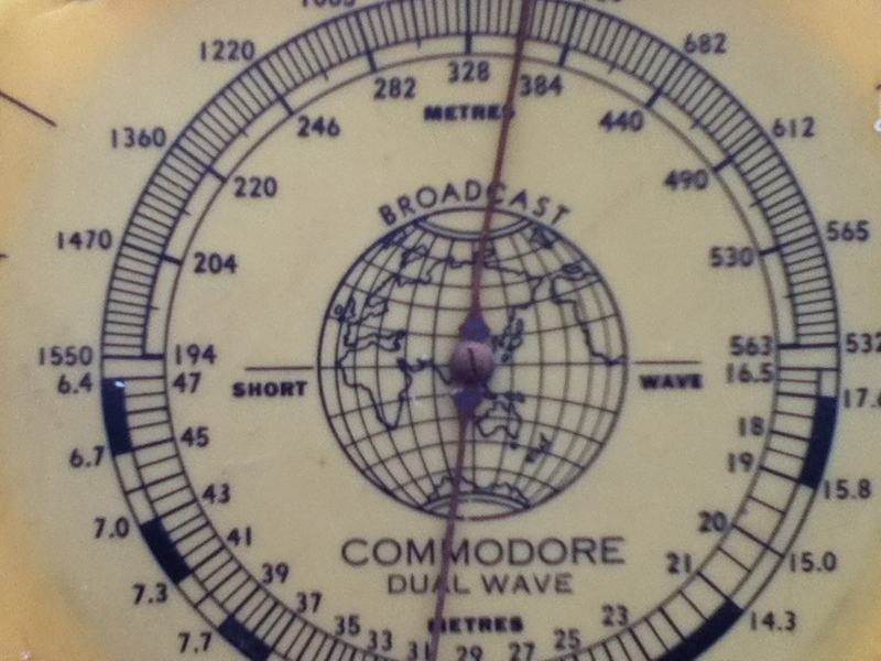 Commodore Valve Radio